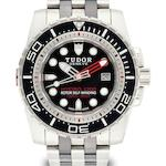 Tudor. A fine stainless steel and ceramic automatic diver's bracelet watch Hydro 1200, Ref:25000, Case No.J282402, Circa 2009