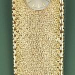 A 9ct gold lady's wristwatch