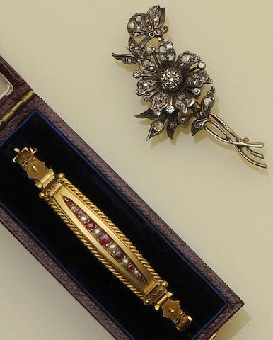 A Victorian diamond set floral spray brooch (2)