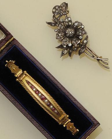 A Victorian diamond set floral spray brooch (2)
