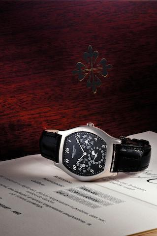 Patek Philippe. A very fine and rare 18ct white gold perpetual calendar automatic wristwatch with moon phases Ref:5040G-025, Case No.4355726, Movement No.3128771, Sold 13th January 2007