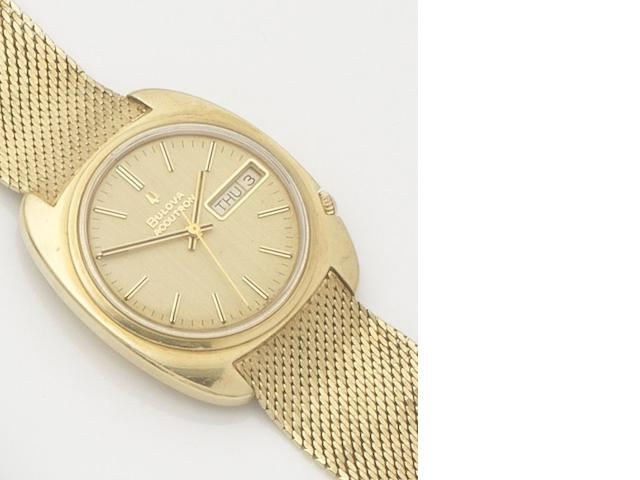 Bulova. An 18ct gold electronic calendar bracelet watch with fitted box and papers Accutron, Ref:2182, Case No.3-198963, Circa 1970