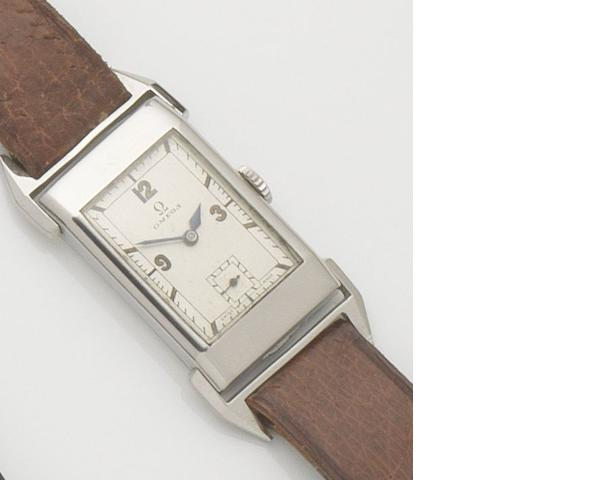 Omega. A stainless steel manual wind rectangular wristwatch Case No.9043220, DATE?????????????