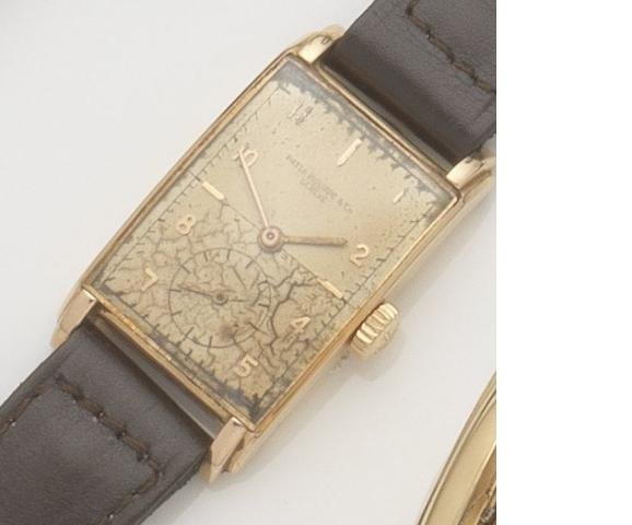 Patek Philippe. An 18ct gold manual wind wristwatch Ref:1559, Case No.651370, Movement No.970535, Circa 1949