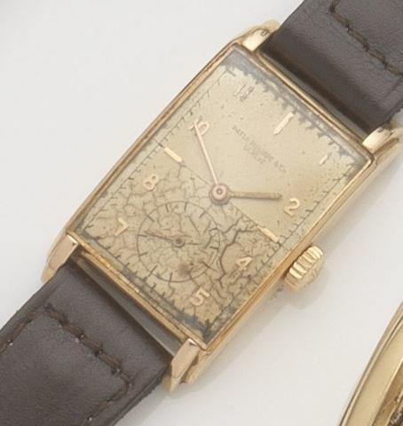 Patek Philippe. An 18ct gold manual wind wristwatch Ref:1559, Case No.651370, Movement No.970535, Circa 1949