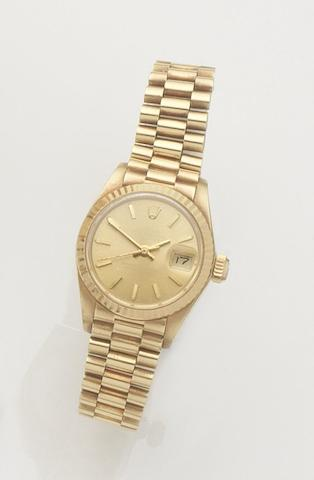 Rolex. A lady's 18ct gold automatic calendar bracelet watch Datejust, Ref:6917, Case No.5299197, Sold 2nd May 1978