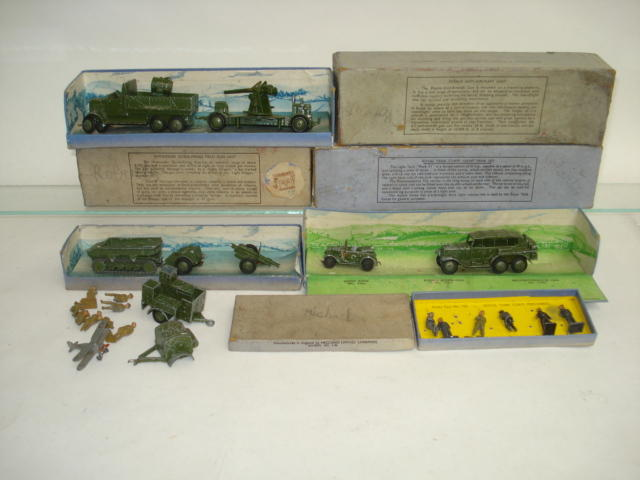 Dinky (pre-war) Military Gift sets lot