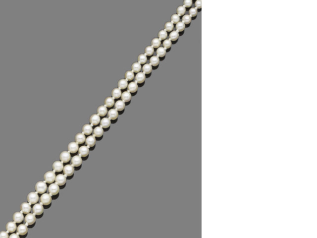 A double-strand natural pearl necklace