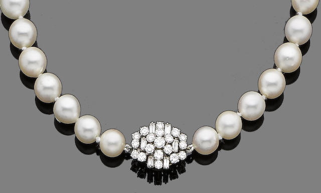 A single strand cultured pearl and diamond necklace