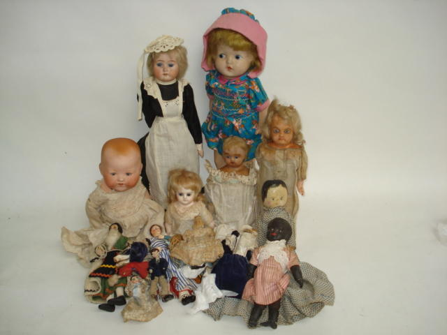 A.M 351 bisque head Dream baby lot