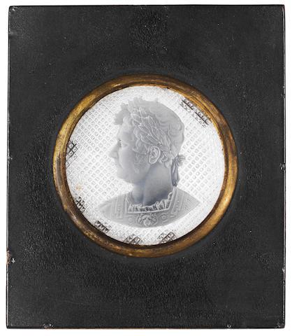 An Apsley Pellatt royal portrait sulphide medallion, circa 1830