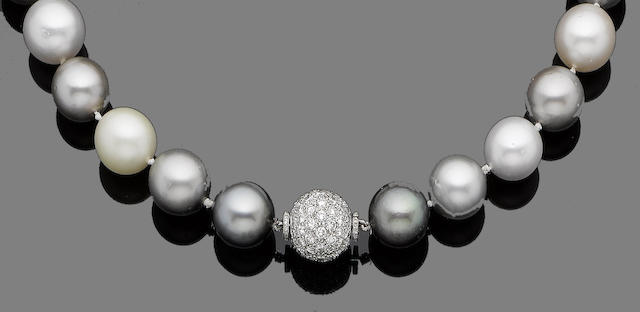 A single-strand cultured pearl necklace and diamond clasp