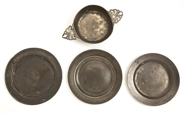 A late 18th century pewter porringer, French