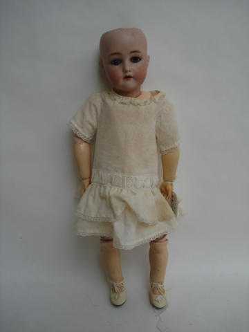 Kammer & Reinhardt/S&H bisque head doll
