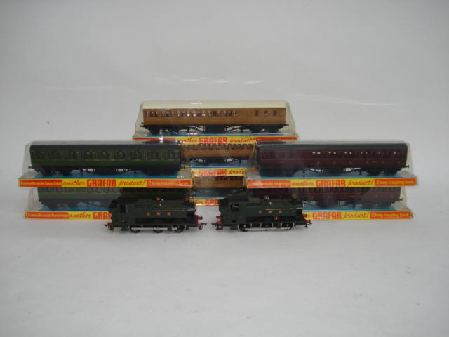 Graham Farish Pannier tank engines, coaches, rolling stock and more lot