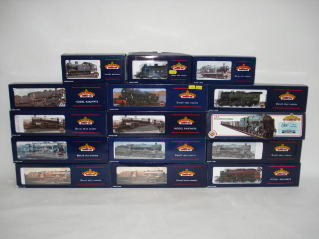 Bachmann locomotives and rolling stock lot
