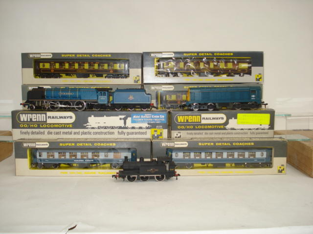 Wrenn locomotives, coaches and wagons lot
