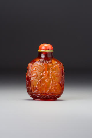 An amber 'boys in garden' snuff bottle 1750–1860