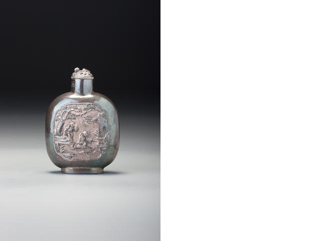 A silver 'figures in garden' snuff bottle Huiyuan, 1840–1910