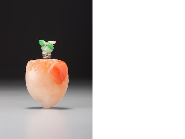 A carnelian 'peach' snuff bottle Possibly school of the Rustic Crystal Master, 1740–1880