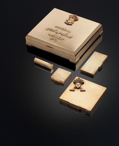 Gold cigarette case with Arabic inscription (S&P 186)