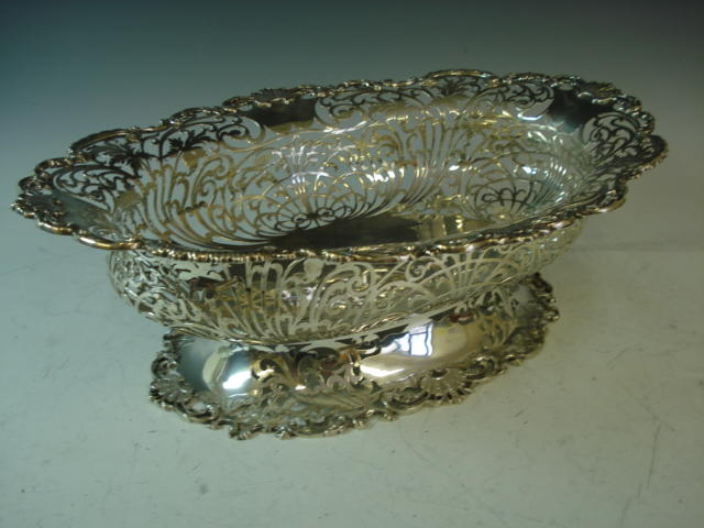 1 pierced silver fruit bowl Sheffield 1936