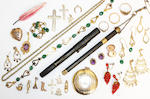 A collection of jewellery, (quantity)