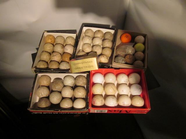 A large collection (500+) of pre 1980s small 1.62 inch golf balls