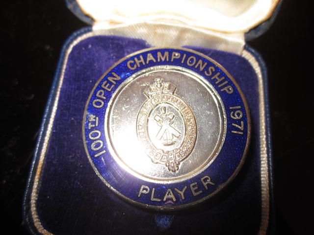 A 1971 Open Championship Player's blue and silver badge