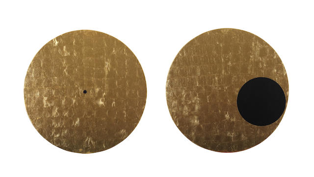 Rosslynd Piggott (born 1958) Double Gold World and Double Void 2007/2008 Diameter: 100.0cm(39 3/8) each