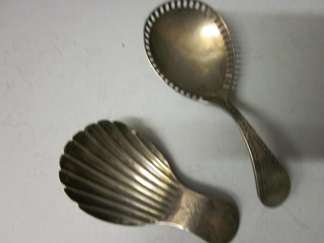 A silver Georgian shell bowl caddy spoon maker A. T.,  London 1798,  (2)