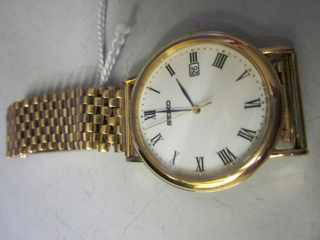 Seiko: A 9 carat gold gentleman's bracelet watch,