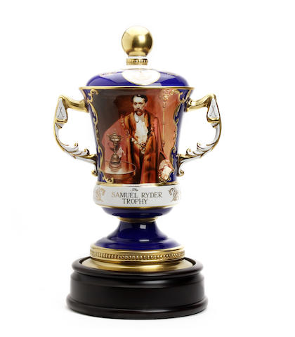 A hand-painted bone china 2-handled trophy with lid showing Samuel Ryder