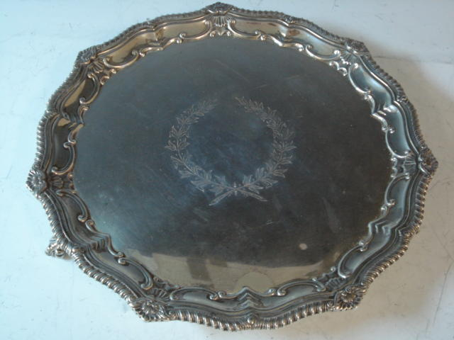 An Edwardian salver by Messrs. Sissons, London 1907,