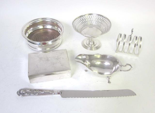 A cased set of six cauldron salts by Martin, Hall & Co, Sheffield 1893 together with a quantity of silver items