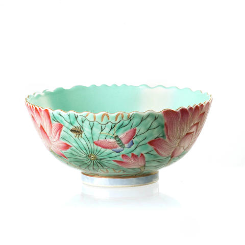 A famille rose lotus bowl 19th/ 20th century