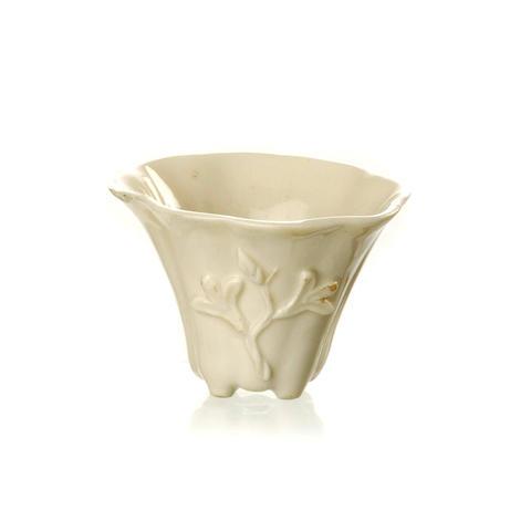 A quatrefoil blanc-de-chine wine cup 18th/ 19th century