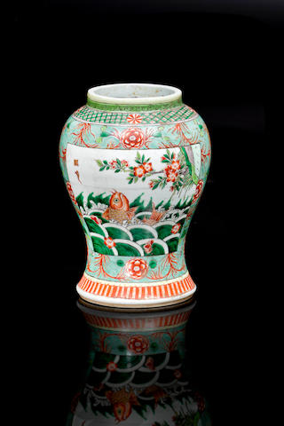 A Chinese famille verte exportware vase 18th/ 19th century