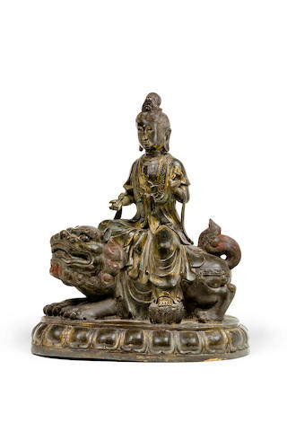 A large gilded bronze figure of Guanyin 18th/19th century