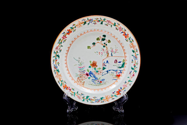 An enamelled Chinese exportware plate 18th century Qianlong (1736 - 95)