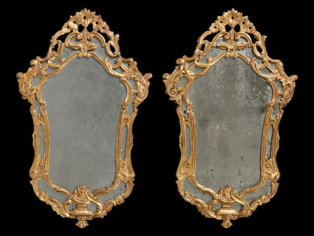 A pair of 18th Century gilt mirror frames 2