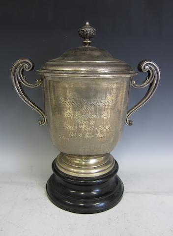 An Edwardian two-handled trophy cup and cover, by Theodore Rossi,  London 1904,