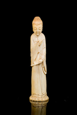 A Chinese carved ivory figure 18th/ 19th century