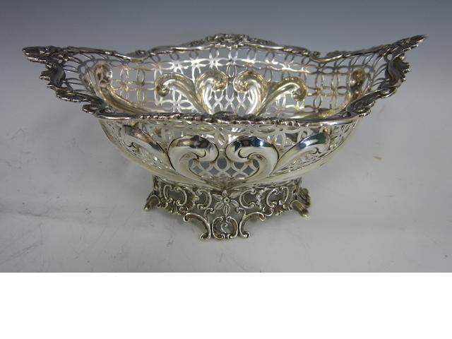 A Victorian silver ornate pierced bowl,  by William Comyns,  London 1896,