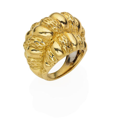 A gold ring, by David Webb