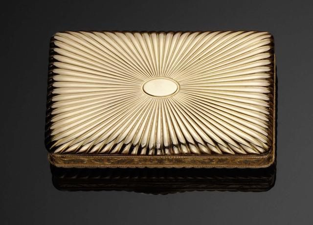 A 19th century French gold snuff box By Louis Tronquoy, Paris circa 1825