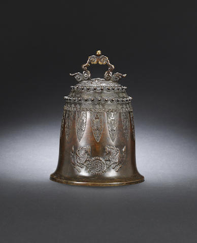 A bronze bell Ming dynasty