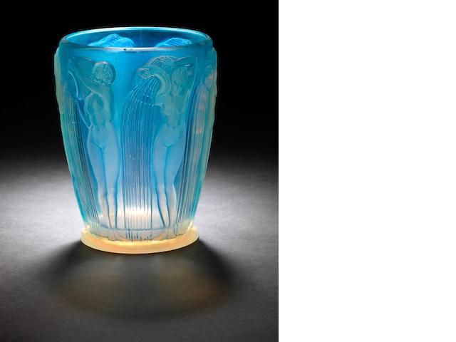 Rene Lalique 'Danaides' a Vase, design 1926