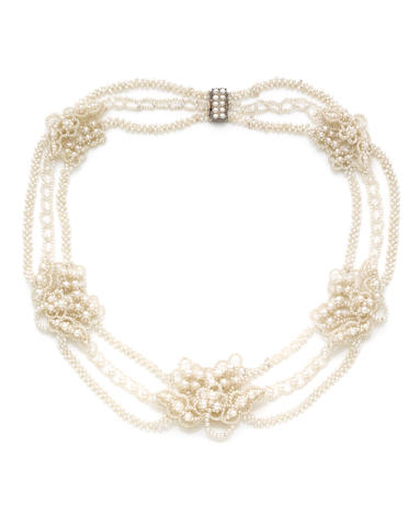 A seed pearl necklace***
