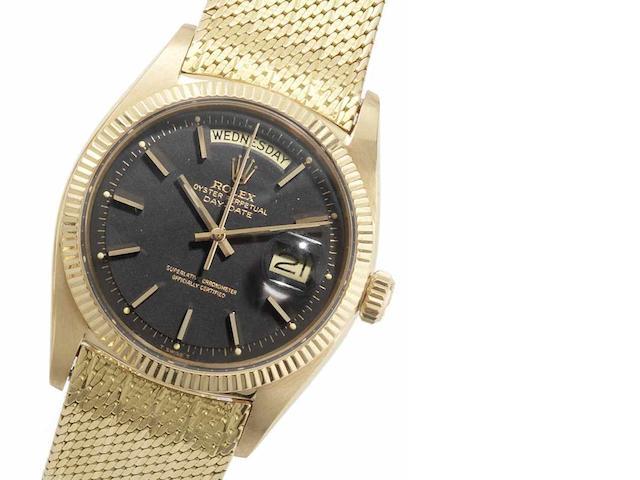 Rolex. An 18ct gold automatic calendar bracelet watch Day-Date, Ref:6611, Serial No.3971***, Movement No.N842950, Circa 1958